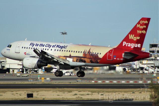 OK-NEP — - Aeroporto General Humberto Delgado Lisbon    24-09-2017