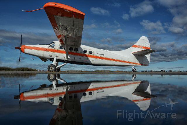 De Havilland Canada DHC-3 Otter (C-GLCO) - Visiting CYHU. 24-10-2020