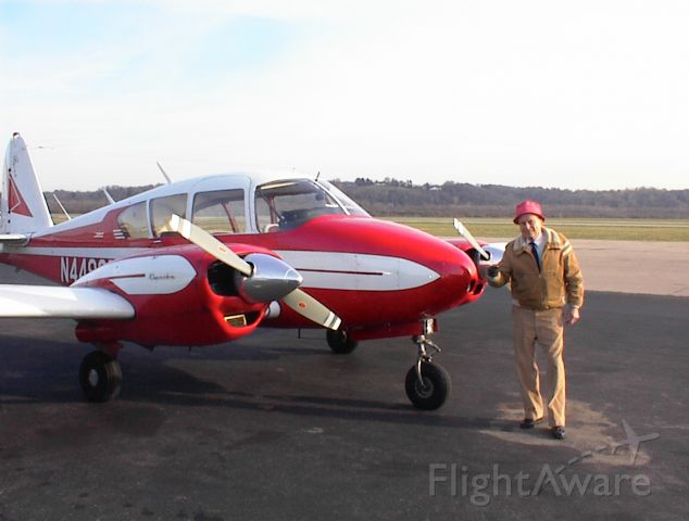 Piper Apache (N4499P)