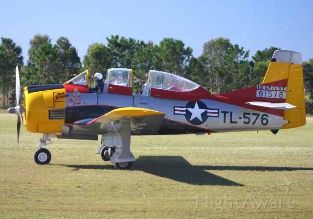 North American Trojan (VH-ZUC) - Caboolture Airshow - May 2004