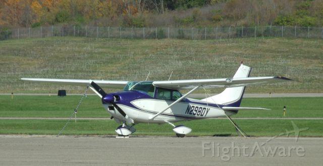 Cessna Skylane (N2980Y)