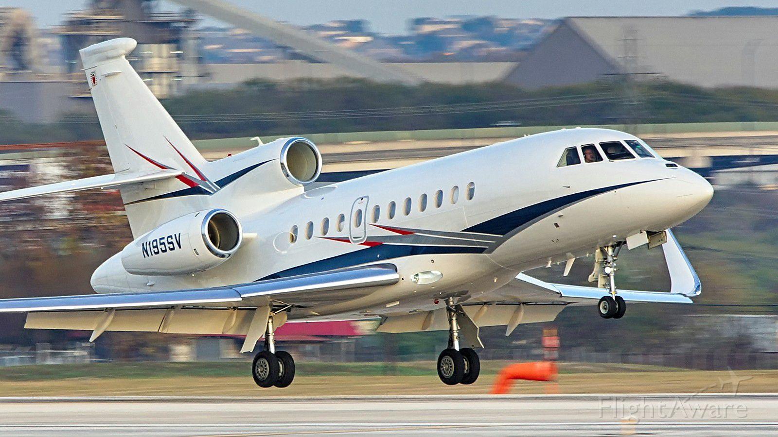 Dassault Falcon 900 (N195SV) - 22 arrival.