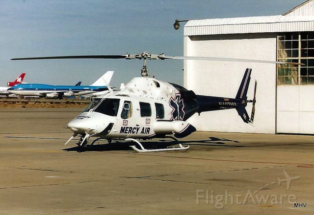 Bell 222 (N427MA) - KMHV - Mercy Air when based at Mojave, CA - I think I took this in early 2000s.