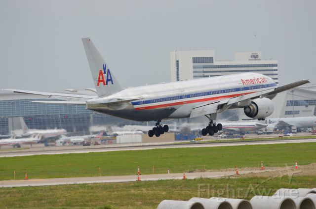 Boeing 777-200 (N799AN) - American - N799AN - Arriving home at KDFW from London 06/15/2013