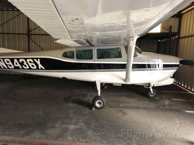 Cessna Centurion (N9436X)
