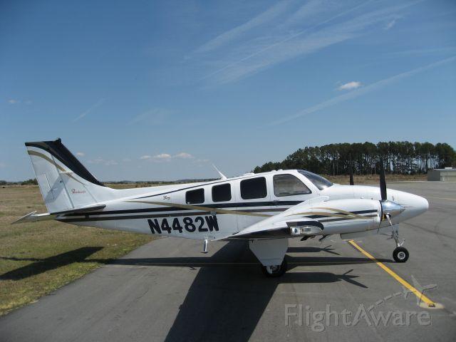 Beechcraft Baron (58) (N4482W)