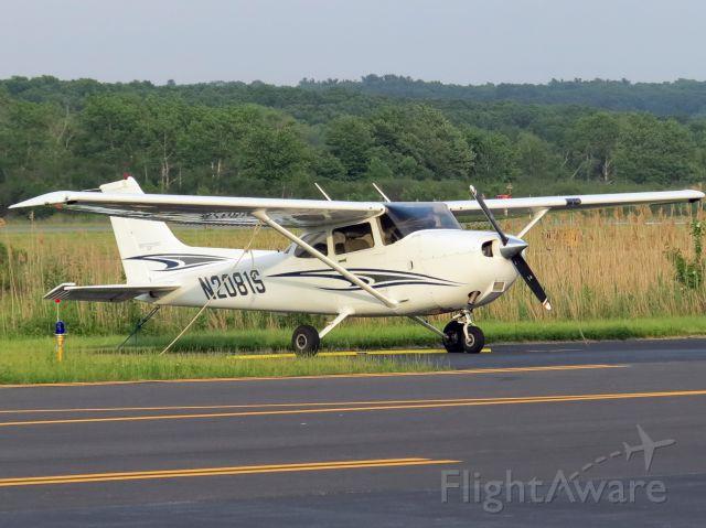 Cessna Skyhawk (N2081S)