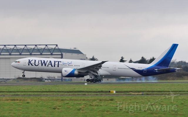 photo of boeing 777-300 (9k-aoe) ✈ flightaware