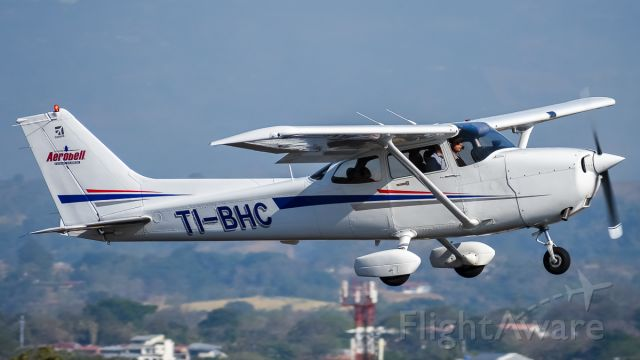 Cessna Skyhawk (TI-BHC)