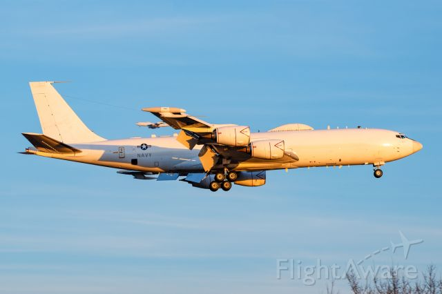 Boeing E-6 Mercury (16-3919) - Sharing the pattern with another E-6B at sunset. Things could be worse!