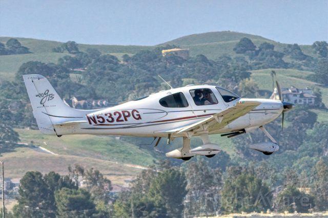 Cirrus SR-20 (N532PG) - Cirrus SR-20 departs Livermore Municipal Airport (CA). April 2021.