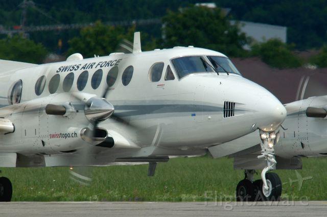 Beechcraft 1900 (T729) - Wird in naher Zukunft durch ex REGA Challengers ersetzt