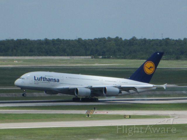 Airbus A380-800 (D-AIME)