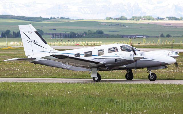 Piper Seneca (C-FIXL)