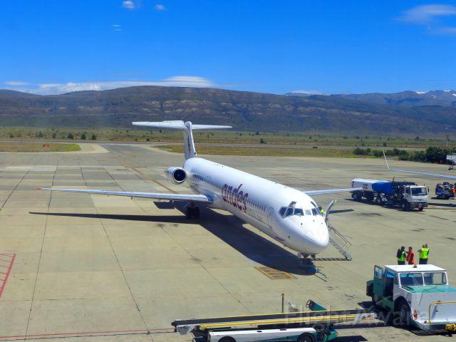 McDonnell Douglas MD-83 (LV-CCJ)
