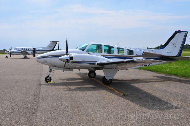 Beechcraft Baron (58) (N72521)