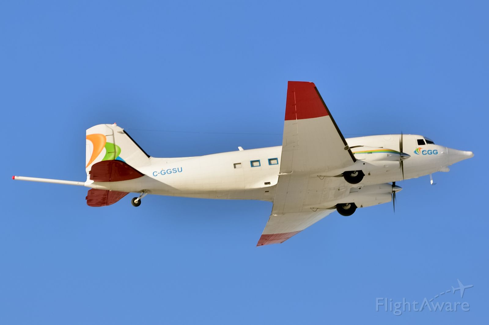 Douglas DC-3 (C-GGSU) - Fitted with gears to support oil and gas exploration projects.