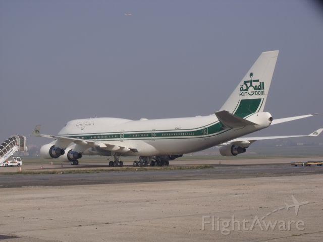 Boeing 747-200 (HZ-WBT7)