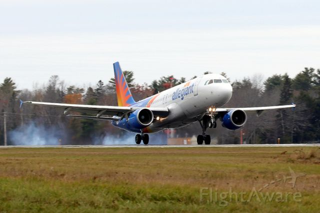 Airbus A320 (N258NV) - 'Allegiant 2313' touching down on runway 15