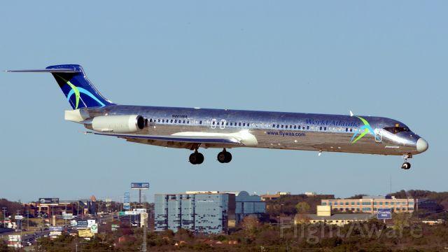 McDonnell Douglas MD-83 (N801WA) - RPN108 on approach to 13R.