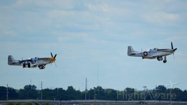 North American P-51 Mustang (N51JB) - N51JB is the P-51 in trail.