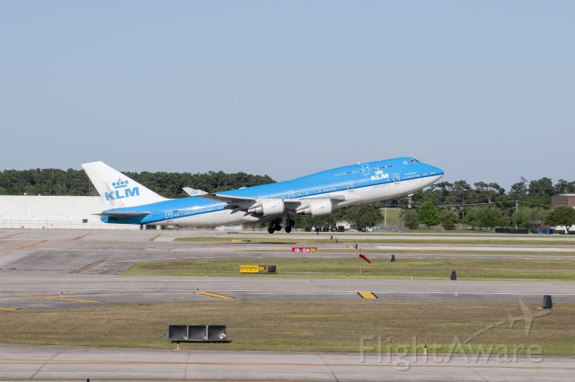 Boeing 747-200 (PH-BFF) - This was one of the last B747 flights operated by KLM, departing Houston for Amsterdam.