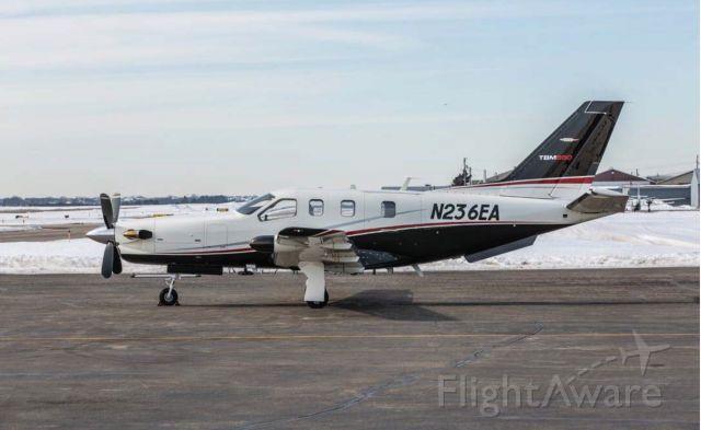 Socata TBM-850 (N236EA)