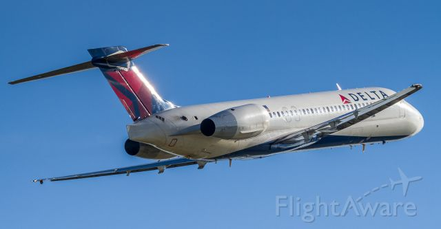 Boeing 717-200 (N995AT) - Paid a visit to Detroit recently and snapped this Delta 717 departing...