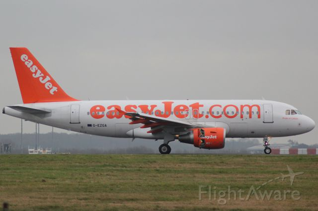 Airbus A319 (G-EZGA)