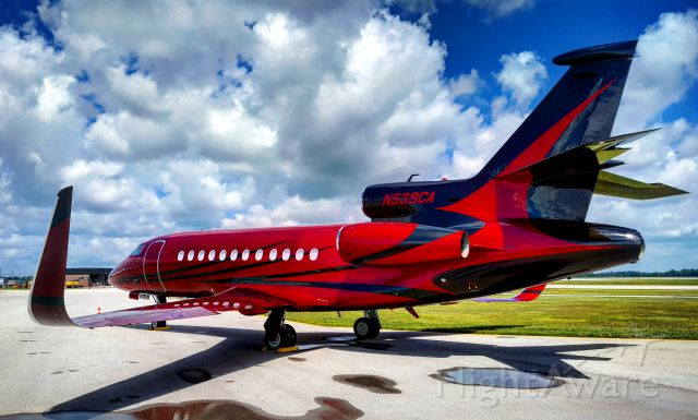 Dassault Falcon 900 (N539CA) - The sexiest paint job Ive ever seen