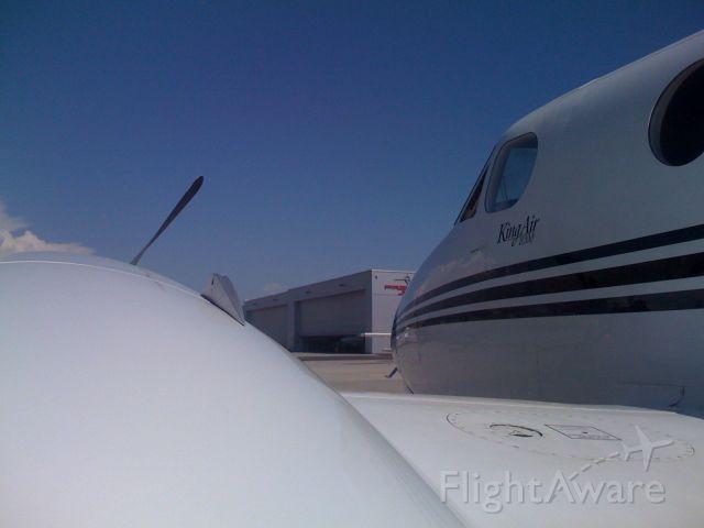 Beechcraft Super King Air 200 (N748LB) - N748LB In sunny CRQ