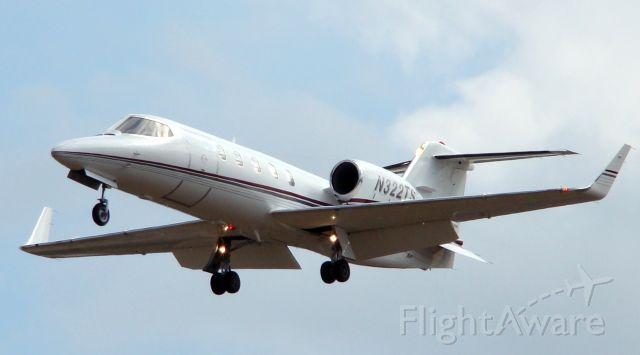 Learjet 31 (N322TS) - landing 30L, San Antonio