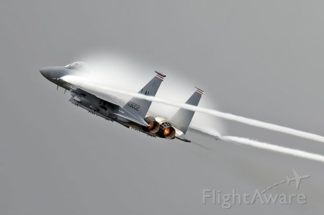 McDonnell Douglas F-15 Eagle (00-3002) - Climbing on the Burn into the damp air at RIAT17.