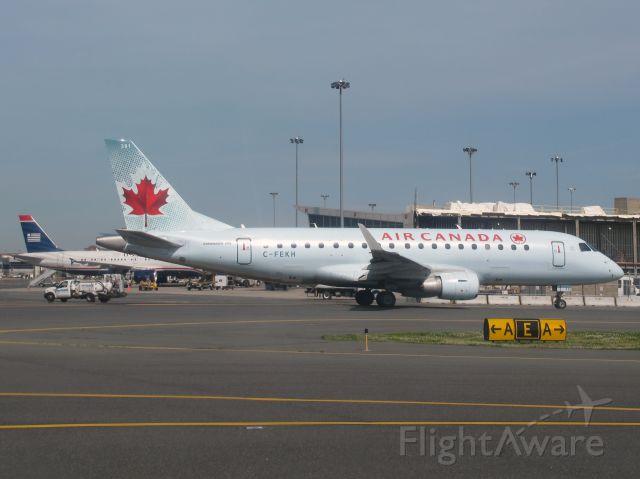 Embraer 170/175 (C-FEKH)