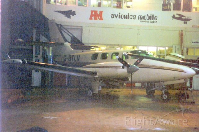 Cessna T303 Crusader (G-BTLN) - Seen here in Dec-92.<br /><br />Reregistered N988PK 15-Jul-93,<br />exported to Germany 9-Jun-94 as D-ISEE,<br />then reregistered OK-ELO 20-Jan-05.