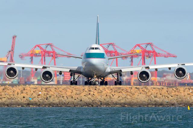 BOEING 747-8 (B-LJB) - CX22/CPA022 fr. MEL Melbourne via Sydney to WTB Toowoomba, SYD/YSSY 26/09/2017