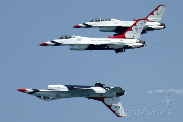 """Lockheed F-16 Fighting Falcon — - Check out our video of the full Thunderbirds performance with 100% authentic and non-leveled sound! <a rel=""""nofollow"""" href=""""http://youtu.be/IbQkvsoPr_I"""">http://youtu.be/IbQkvsoPr_I</a><br /><br />The US Air Force Thunderbirds flying for a little photo shoot with Thunderbird #8 before the Fort Lauderdale Air Show! 05/06/16"""