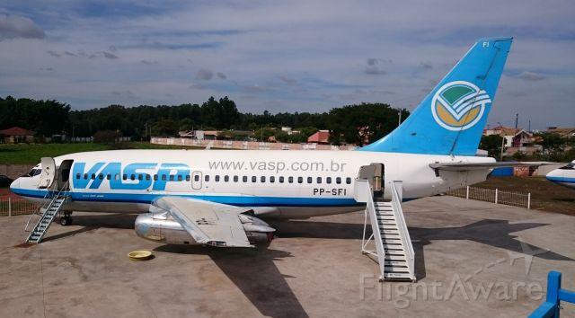 Boeing 737-200 (PP-SFI) - Chácara do Piloto,Araraquara