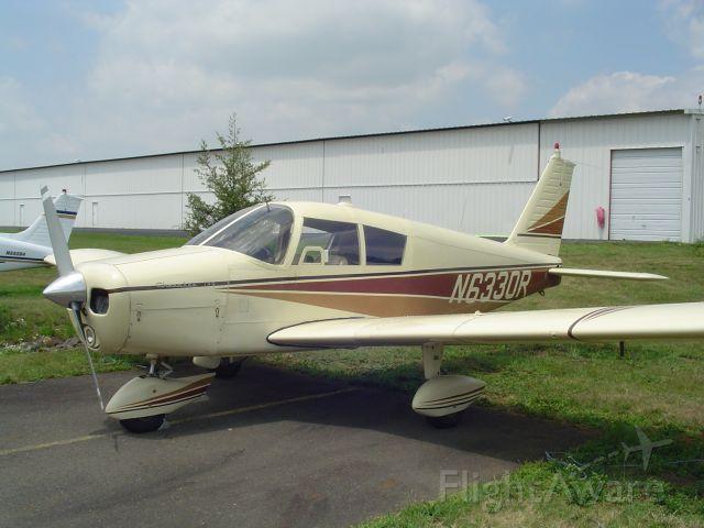 Piper Cherokee (N6330R)