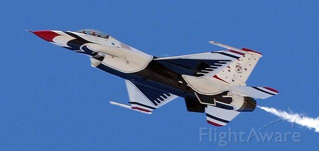— — - USAF Thunderbird at 2017 Daytona 500