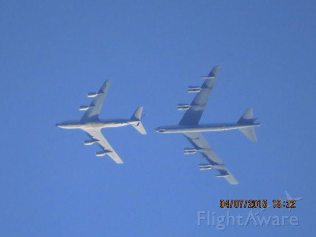 Boeing C-135FR Stratotanker (63-8037)