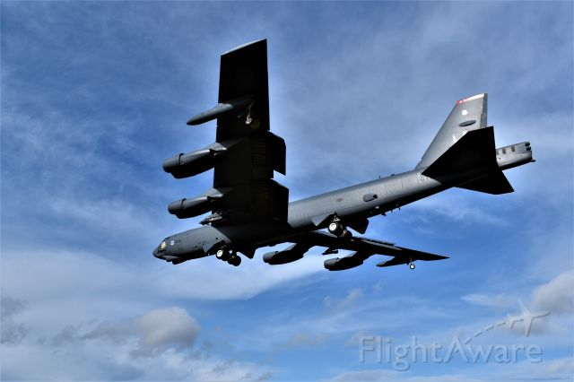 Boeing B-52 Stratofortress (61-1006) - Landing on Runway 27 at RAF Fairford . One of the BUFFs on detachment from Barksdale.