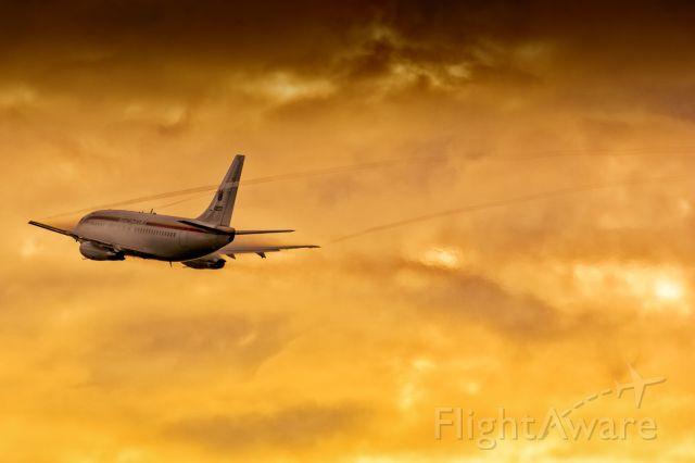 Boeing 737-200 (0207) - @renatospotter