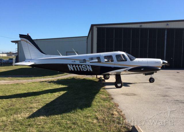 Piper Apache (N111SN)