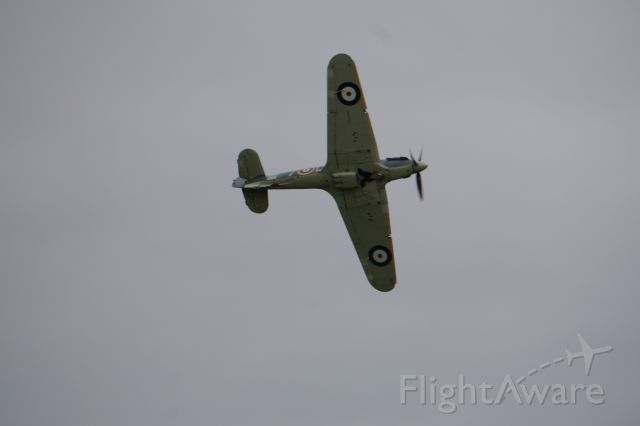 Z7015 — - Airshow