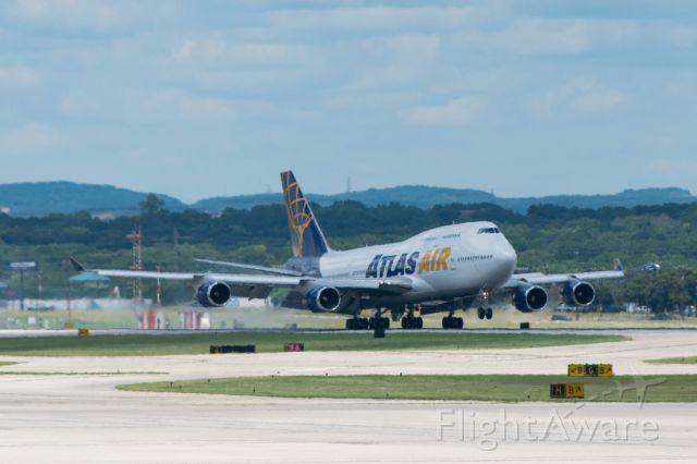 Boeing 747-400 (N263SG) - 13R Arrival