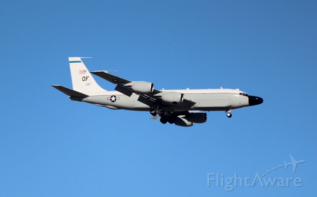 Boeing RC-135 (62-4127) - 010713 Rivet Joint on final at Offutt AFB, unknown variant