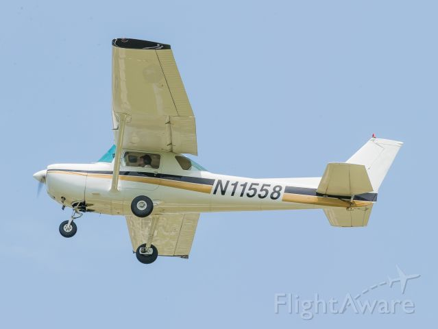 Cessna Commuter (N11558)