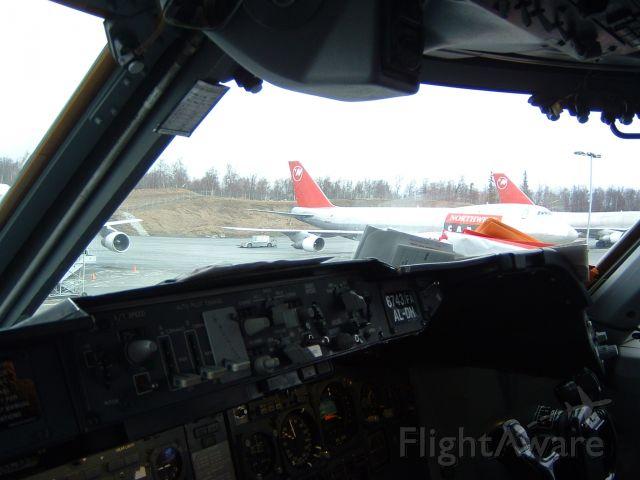 Boeing 747-200 (N643NW) - April 17, 2004