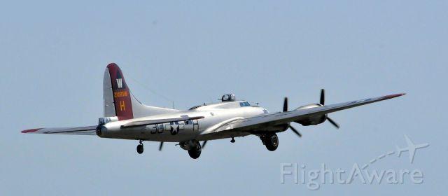 Boeing B-17 Flying Fortress (N5017N) - Wings Over Waukesha, WI Airshow.